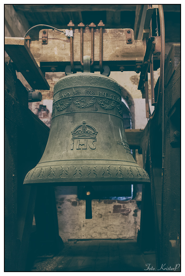 Anno 1558. Church bell.