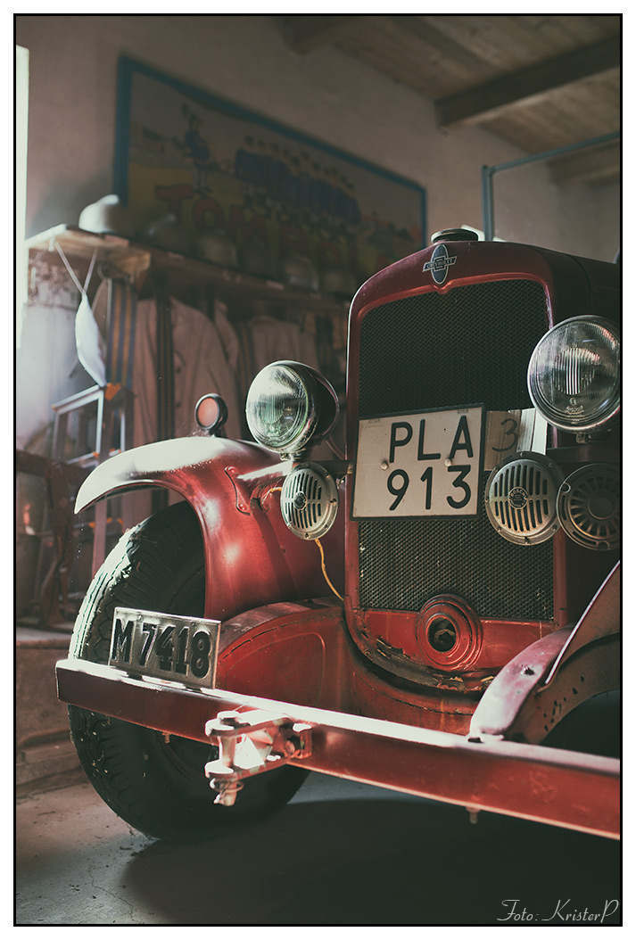 RED vintage fire engine