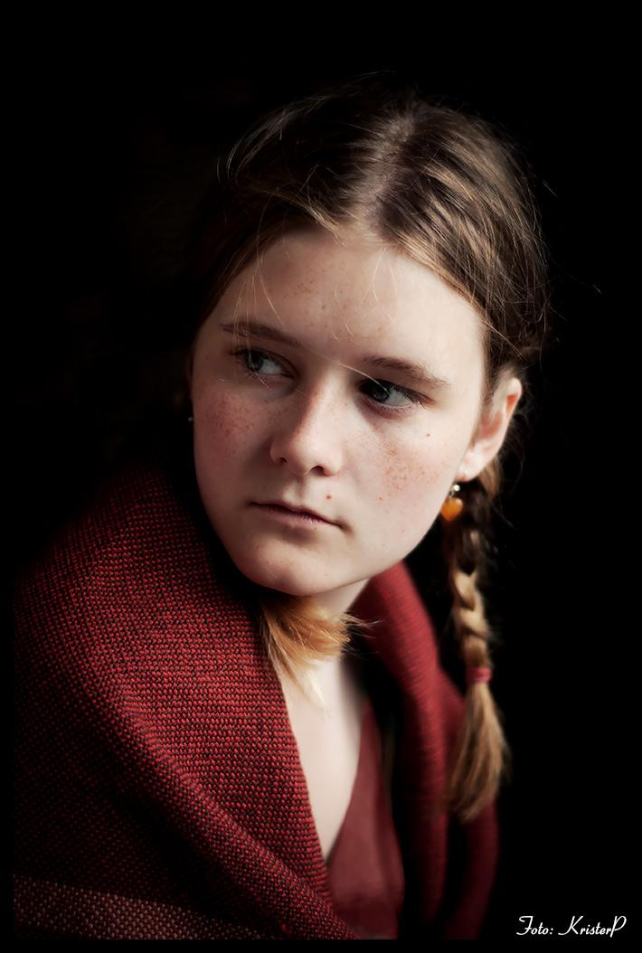 Portrait of a girl: Ida